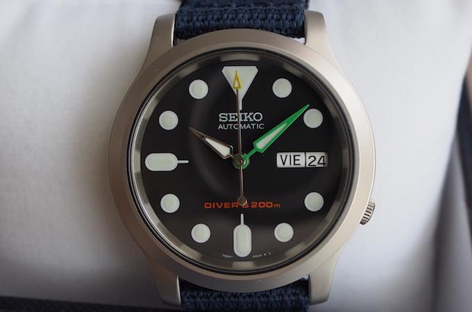 snk805-hands-cusutom