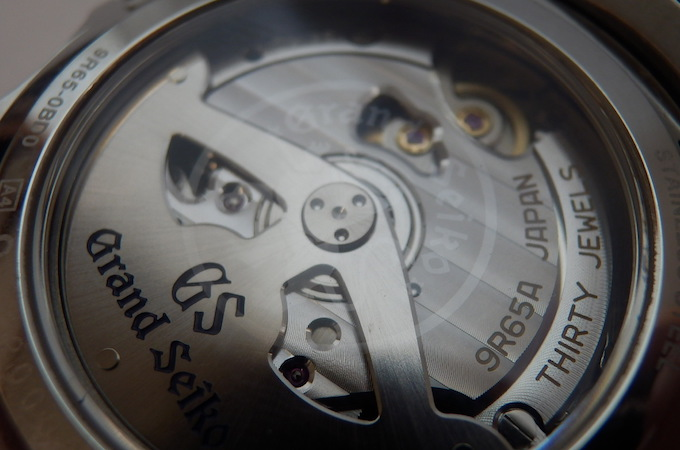 9r65-GS透し模様